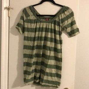 Striped green 100% cotton tee